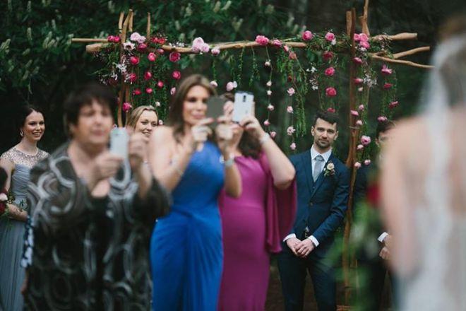 novio esperando a novia