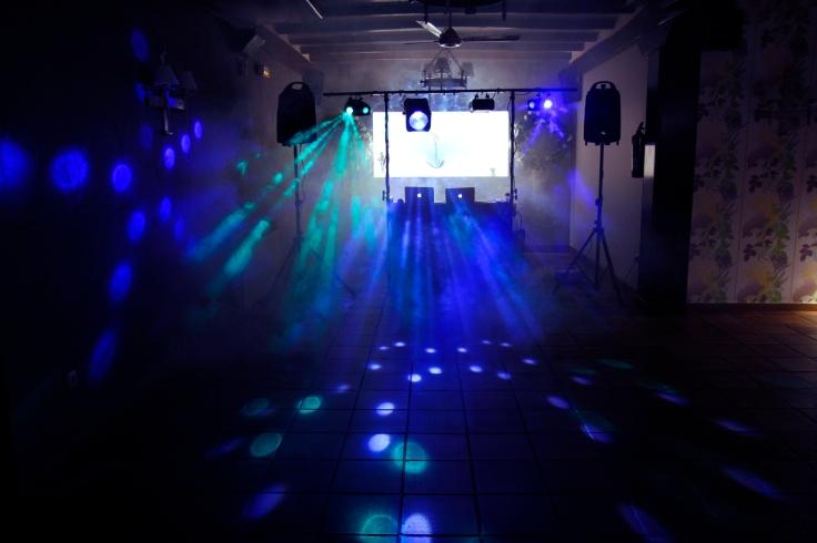 Equipo DJ Studio Gipuzkoa 02.jpg
